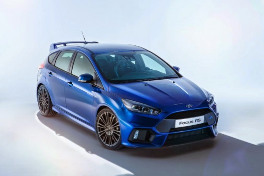 Сравнение: 2016 Ford Focus RS против 2015 Honda Civic Type R