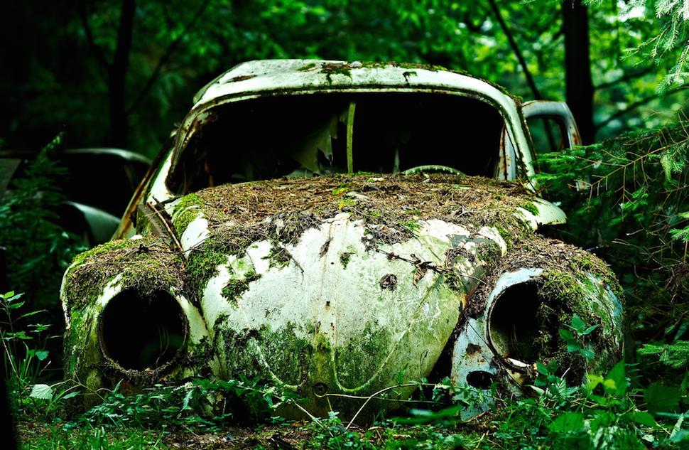 Картинки свалки авто