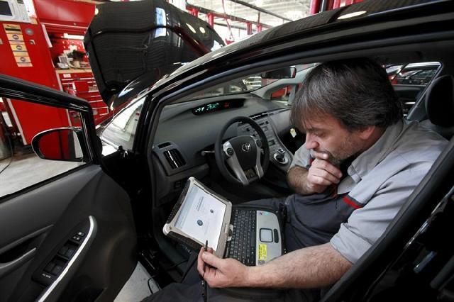 В новых моделях Audi, BMW и Subaru приходится подливать масло