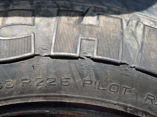 Десять признаков износа шин, которые могут рассказать о состоянии автомобиля