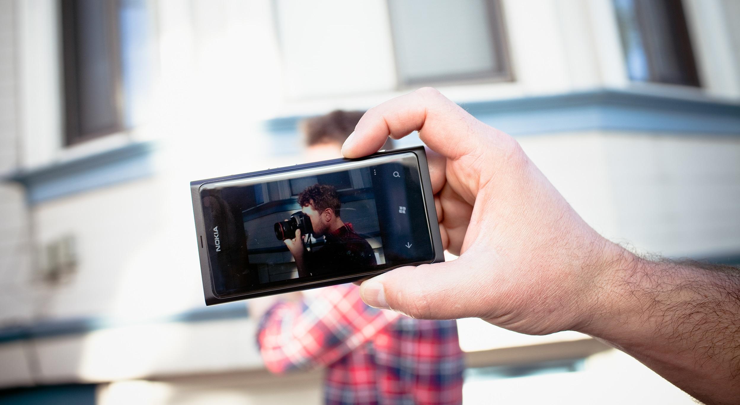 Объективная оценка качества фотографий смартфонов