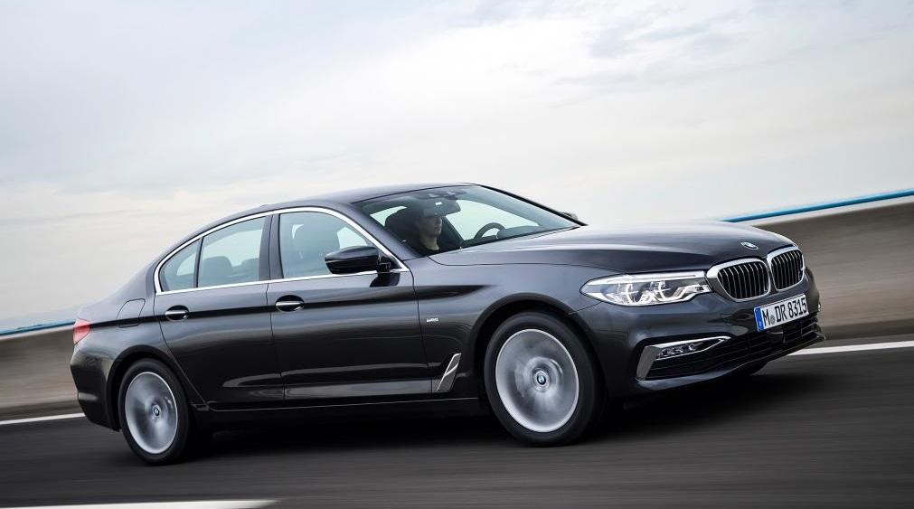 BMW 5 серии 2019-2020: тест-драйв, отзывы владельцев, видео, обзор || БМВ 5 серии 2017 года новая модель фото цены комплектации видео тест драйв