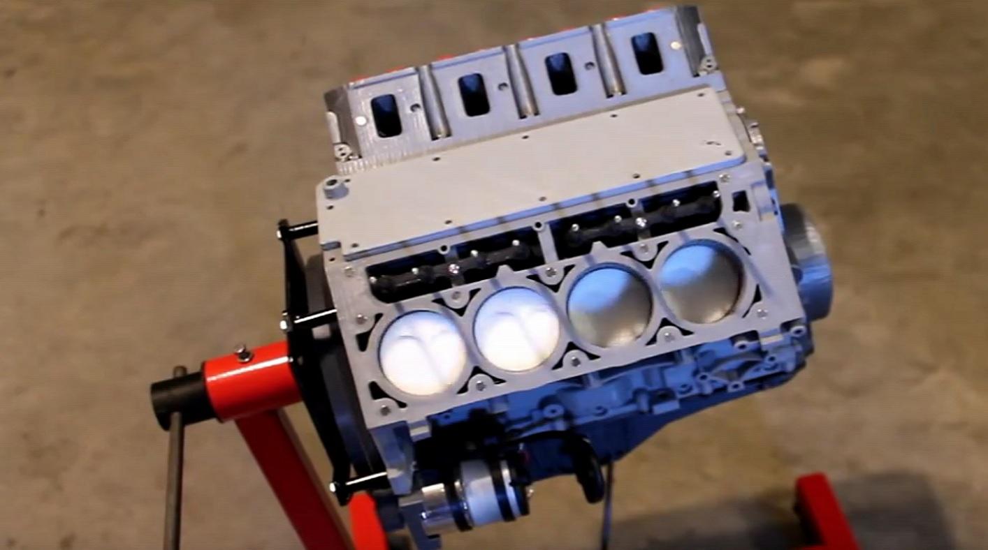 Видео работы двигателя модели работа моделью в лесной