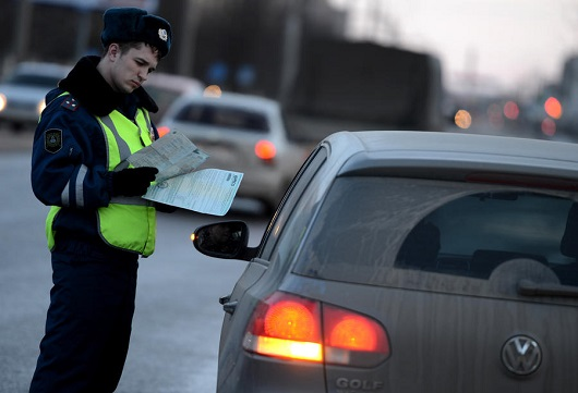 Нужен ли путевой лист: Как сотрудники ГИБДД разводят водителей на деньги