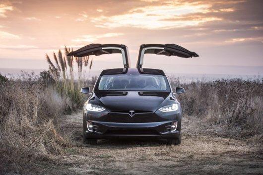 Плюсы и минусы современных электромобилей