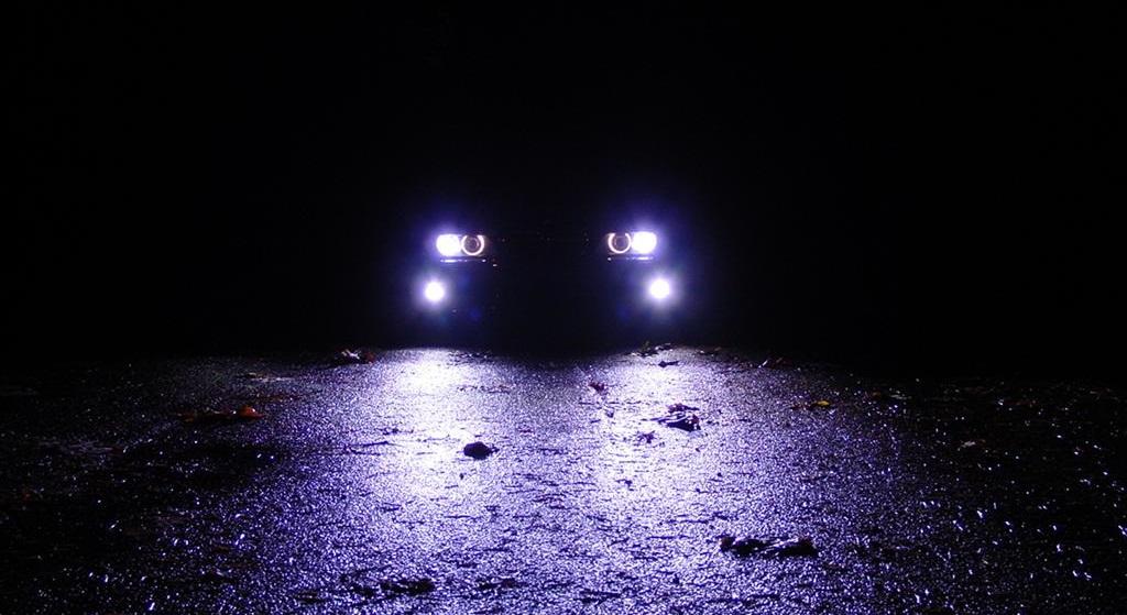 Ксеноновые и светодиодные фары могут запретить Пока не у нас