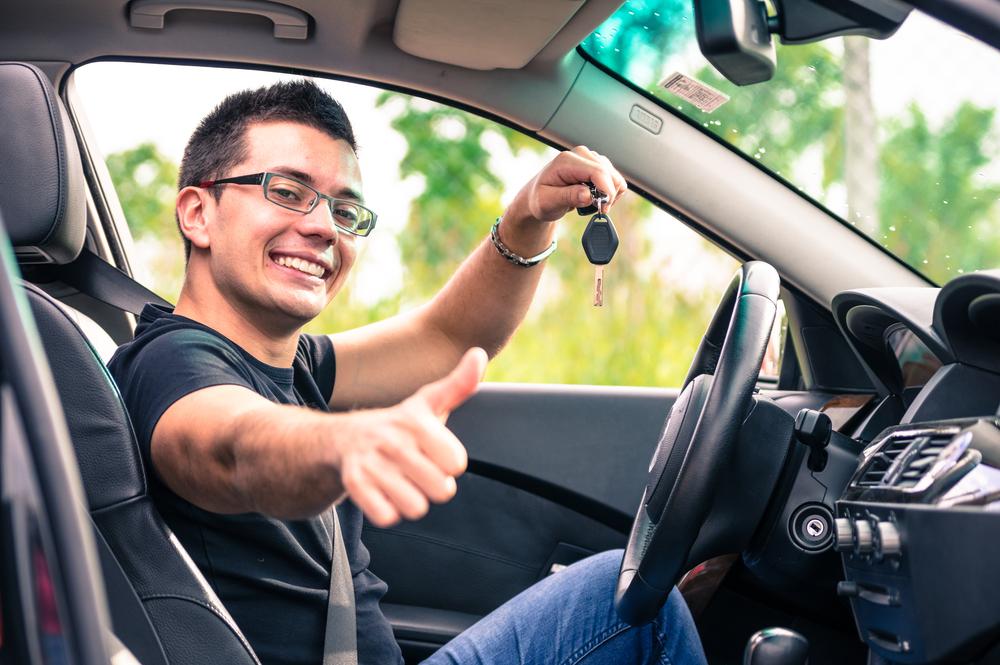 Мужчину в машине картинки