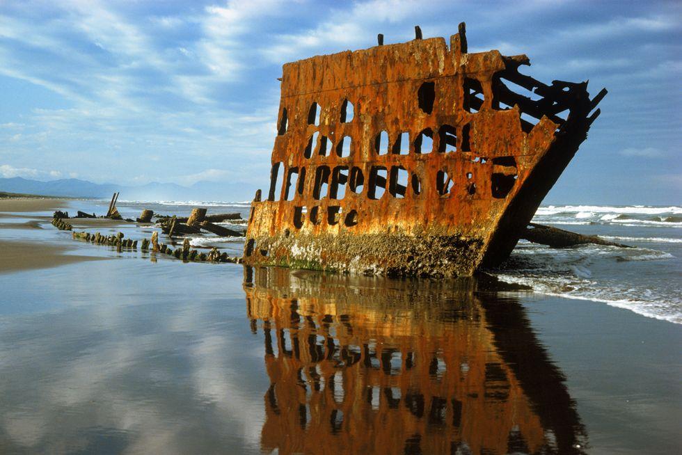Затонувшие корабли, которые привлекают дайверов со всего мира