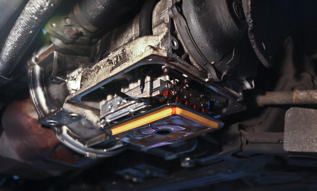 Трансмиссионка: все что нужно знать о замене масла в коробке передач