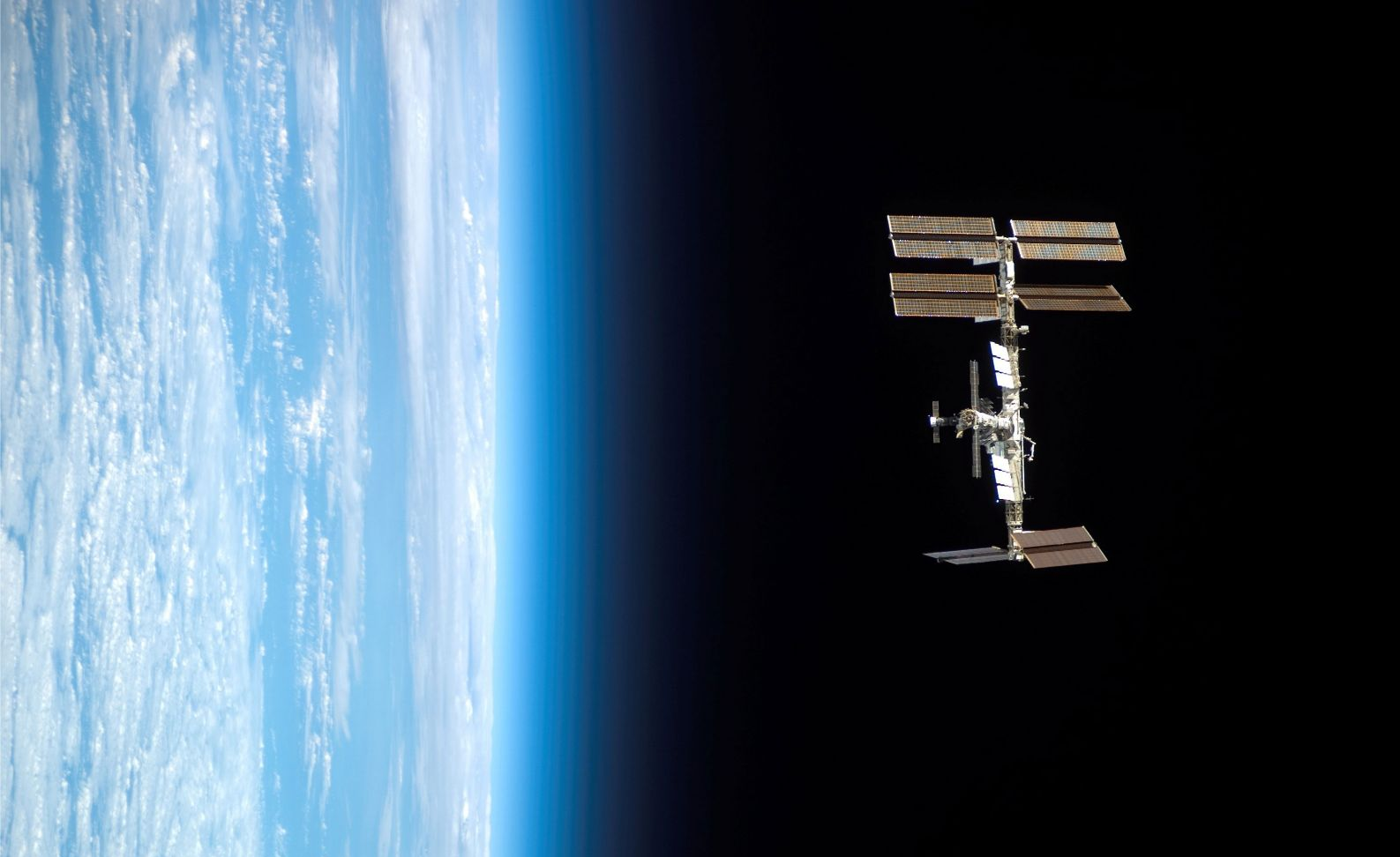 1588928190_international-space-station.png