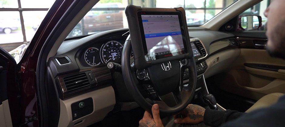 Замена лобового стекла, ремонт подвески: зачем требуется калибровка системы помощи водителю (ADAS)?