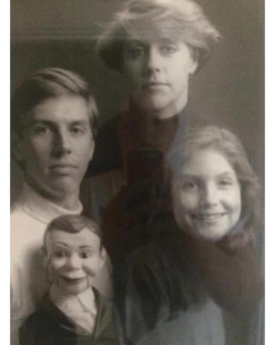 90 примеров, которые доказывают, что семейные фото — это кладовая неловких моментов