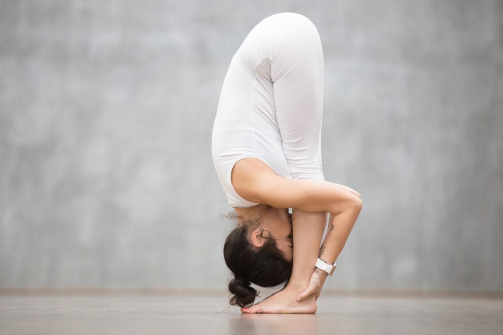 Йога для похудения: 20 поз для тех, кто хочет сбросить лишний вес
